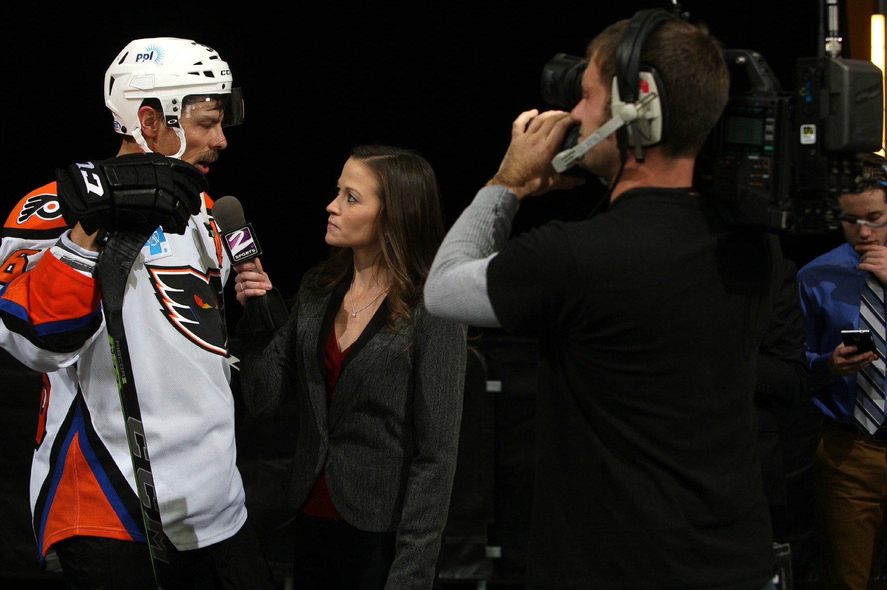 Service Electric Cable Lehigh Valley : Phantoms and service electric sports partner to broadcast