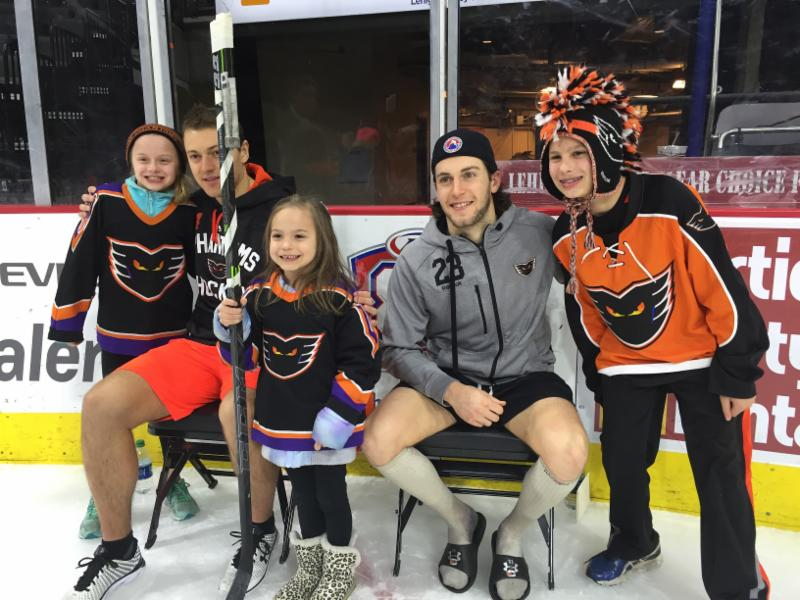 Fans Enjoy Photos with Players but Phantoms Fall to Utica