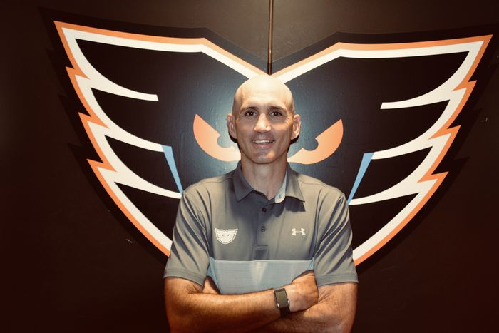 Inquirer: Ian Laperriere will stress fitness. Flyers GM praises his 'innate ability to connect with people'